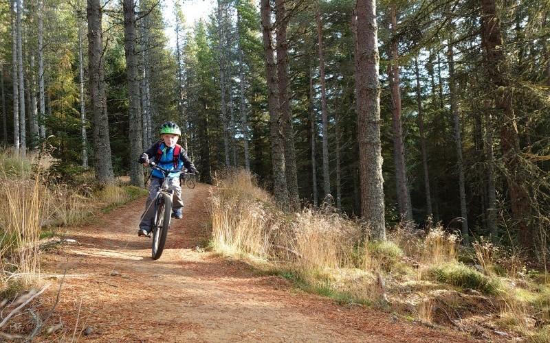 Outfit Moray Bike Revolution